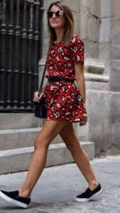 μίνι κόκκινο φόρεμα