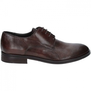 Derbies Exton 5354