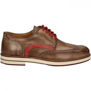 Derbies Exton 609