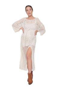Φόρεμα Πλεκτό Σε Μπεζ