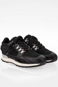 Μαύρα Sneakers με Πλακέτα