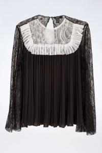 Μαύρη Δαντελωτή Μπλούζα με Πλισέ Λεπτομέρειες / Μέγεθος: 44 - Εφαρμογή: S