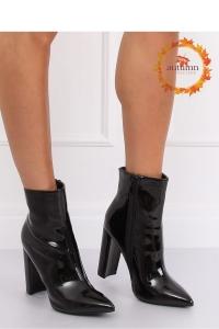 Μποτάκια ψηλοτάκουνα λουστρίνι - Μαύρο
