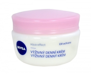 Nivea Nourishing Day Care Day Cream 50ml (Dry - For All Ages)