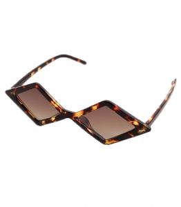 Πολυγωνικά γυαλιά ηλίου με