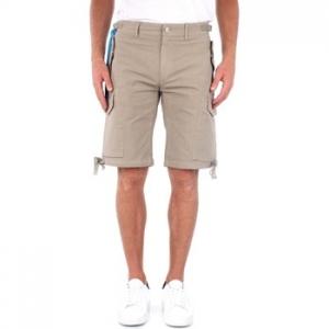Shorts & Βερμούδες Replay