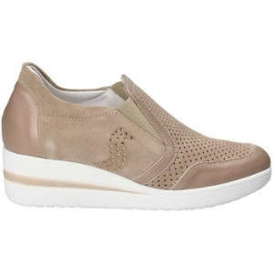Slip on Grace Shoes E8213